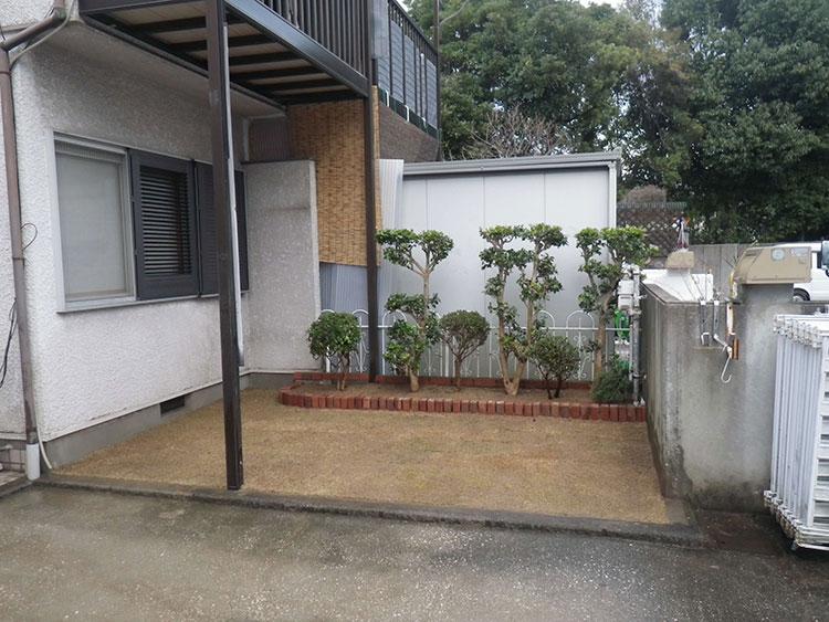 花壇改修及び芝張